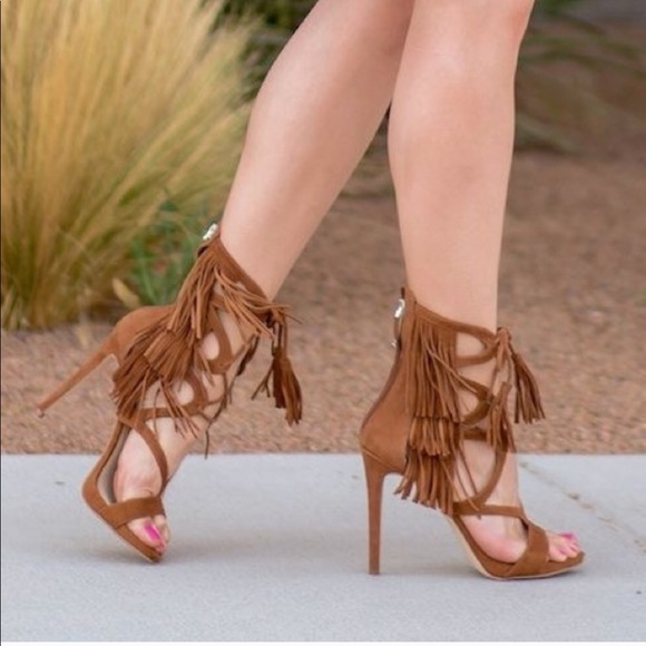 b1ade9eb161 Guess brown fringe tassel boho lace up heels